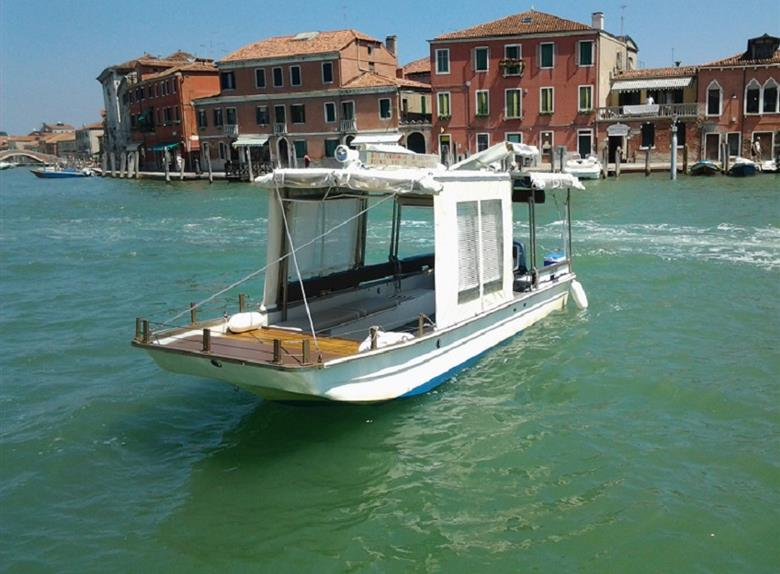 Murano, Burano & Torcello: Private Boat Tour from Venice