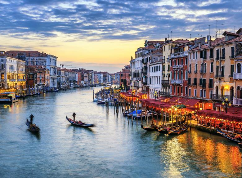 The Most Romantic City: Venice Full Day Tour from Florence