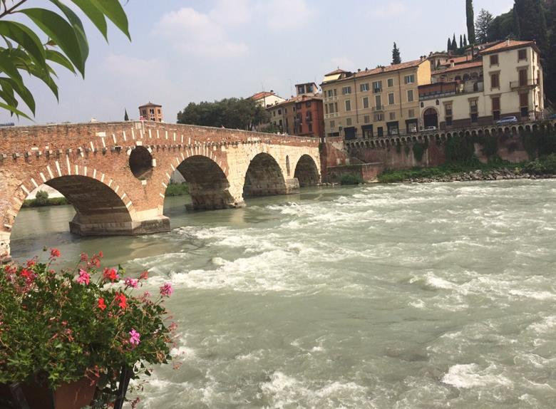 Verona Walking Tour