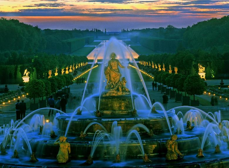 Versailles plus Guided Tour - Afternoon tour from Paris