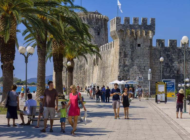 Visit Split, Trogir and Klis: Private Tour from Dubrovnik