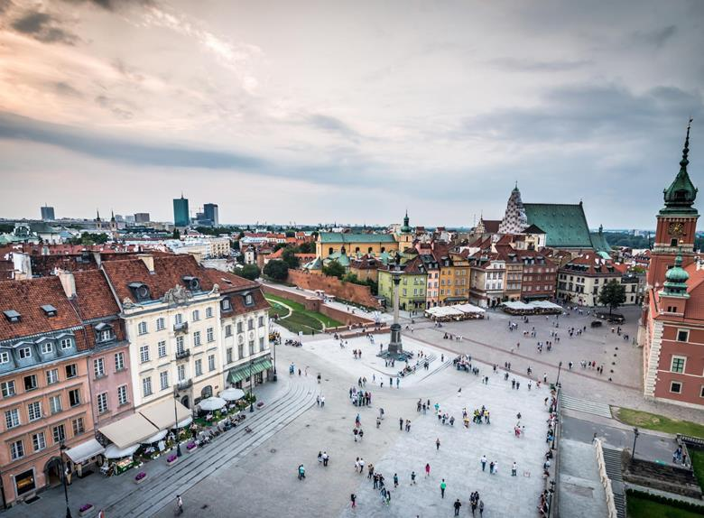 Warsaw Tour by Nyssa Van: Off the Beaten Path
