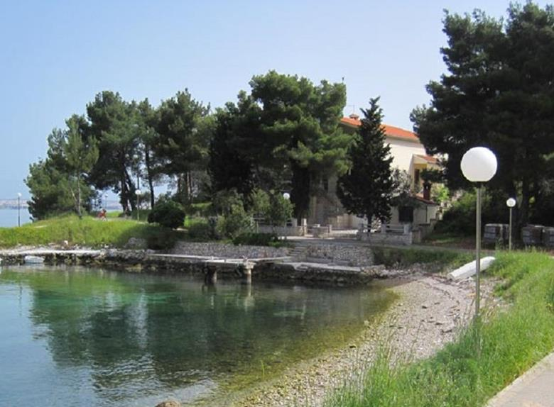 Ugljan Self-Guided Bike Tour from Zadar