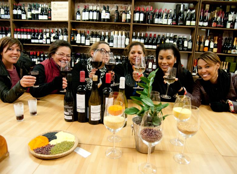 E-bike Tour with Tapas & Wine from Barcelona