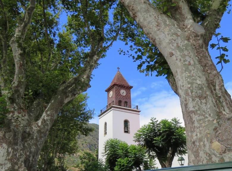 Country Delights and Farmers Market Tour from Funchal