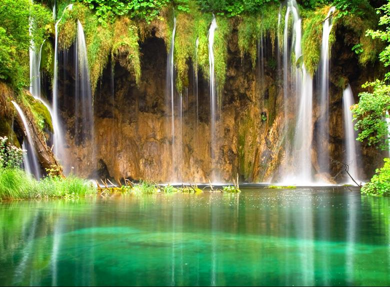 Plitvice Lakes Tour from Zadar