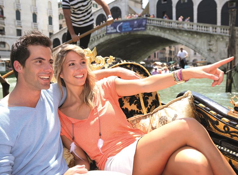 Visit Venice by bus from Siena